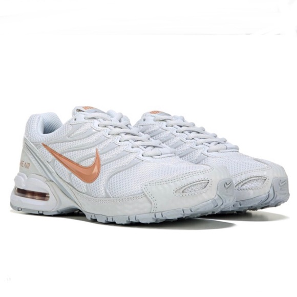 Women's Nike air torch 4 running sneakers new NWT